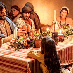 """Jesus Christ (Jonathan Roumie) in a scene from Episode 5 in """"The Chosen."""""""