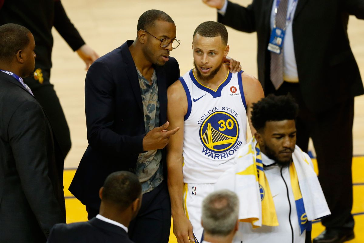 Warriors Andre Iguodala calls Steph Curry the second-best ever