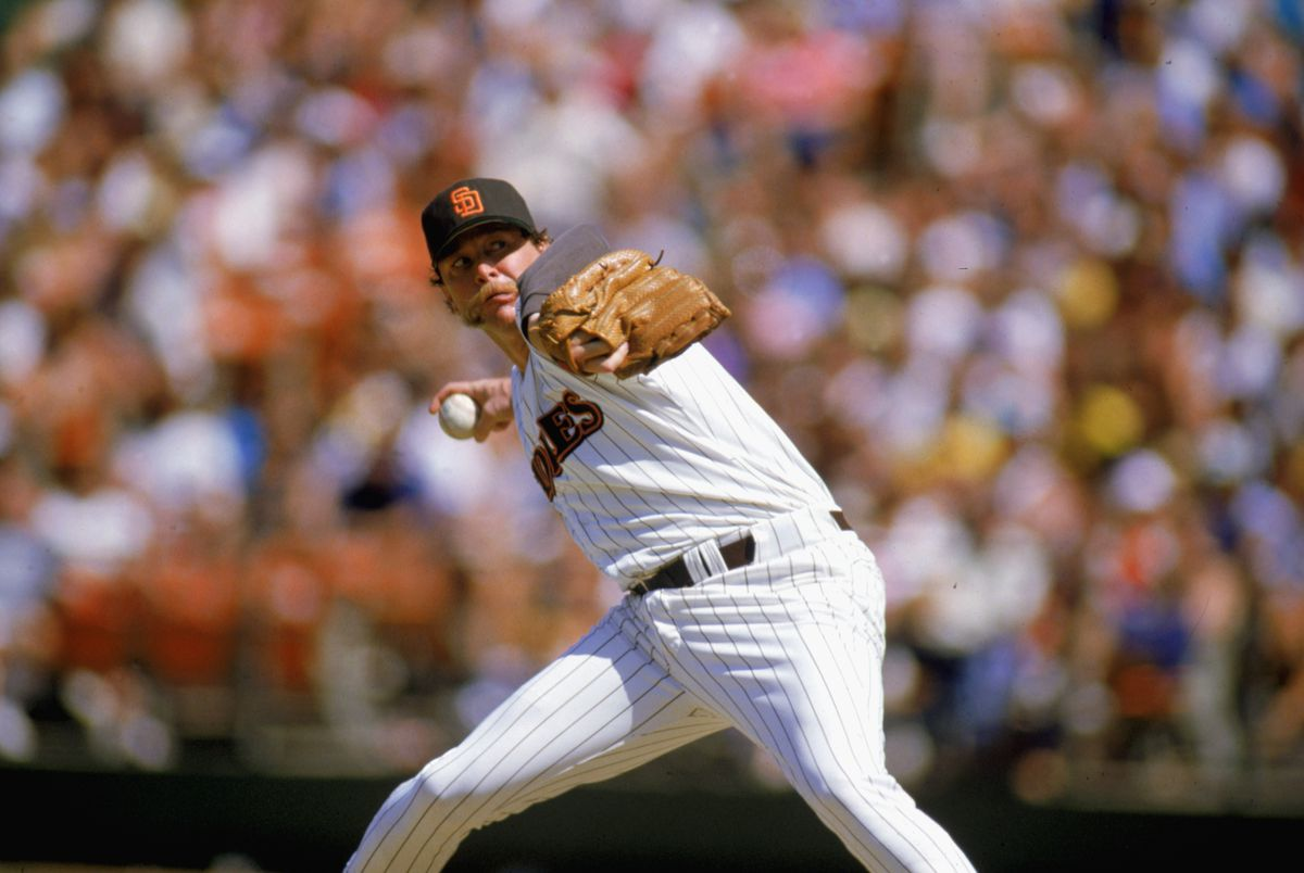 Goose Gossage throws the pitch