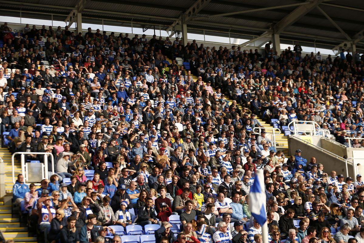 Soccer - Sky Bet Championship - Reading v Middlesbrough - Madejski Stadium