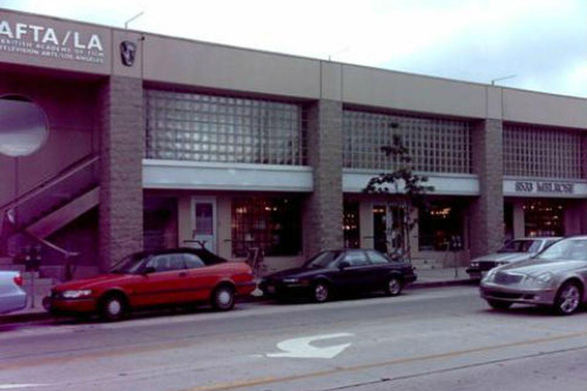"""8533 Melrose Ave. Photo via <a href=""""http://www.city-data.com/businesses/629537424-makeup-mandy-west-hollywood-ca.html"""">City-Data</a>."""
