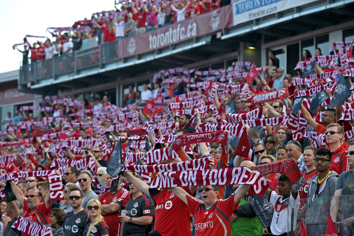 I can't quite pick out the two Toronto fans I met Saturday night in this picture from BMO Field from Sunday afternoon.
