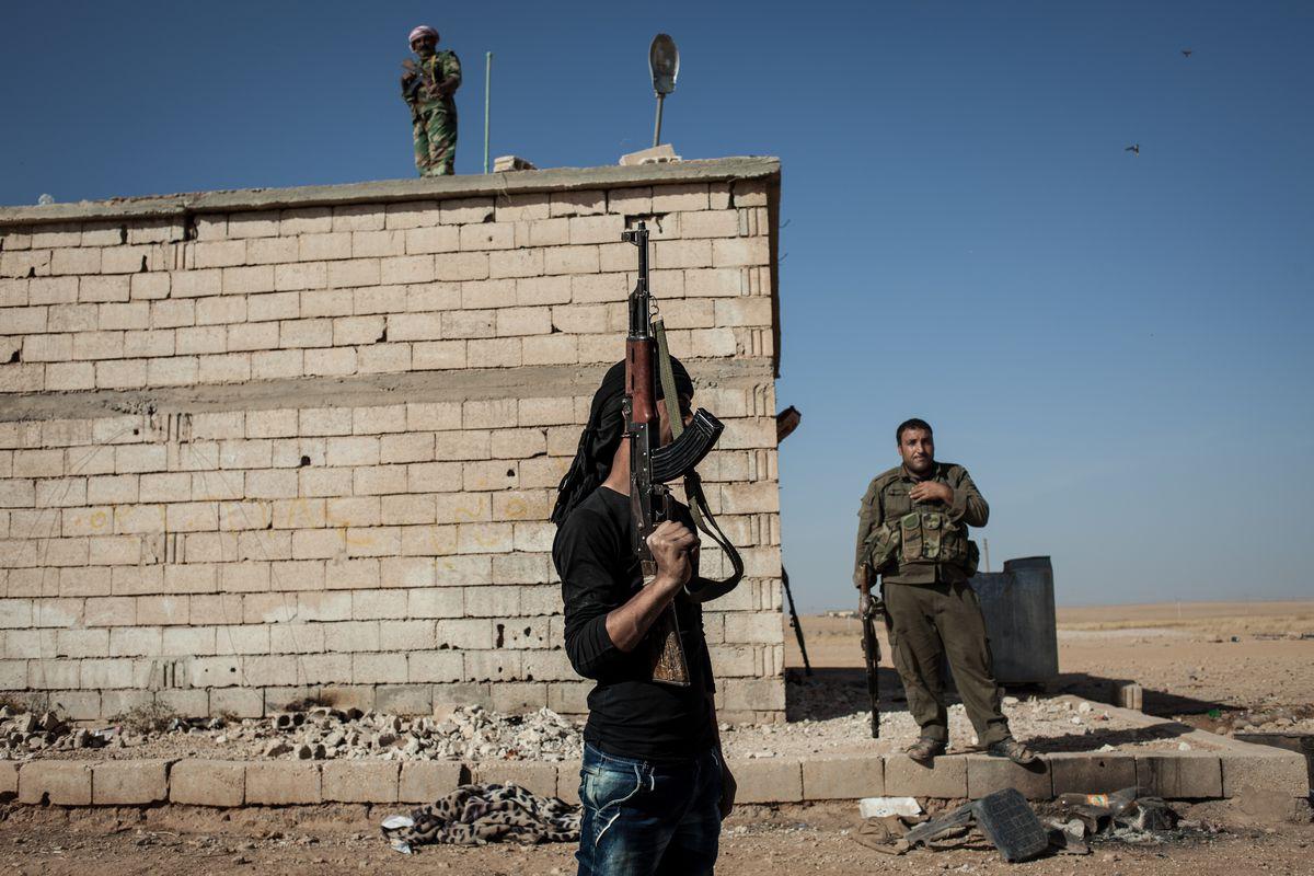 raqqa fighters anti-isis