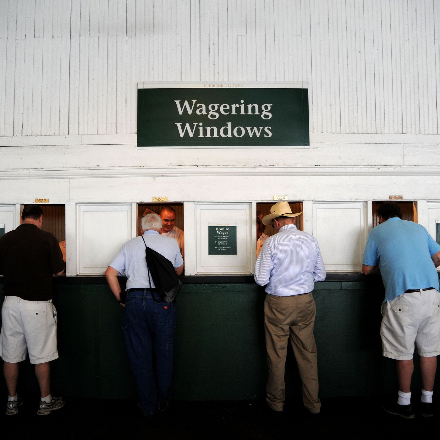 Horse betting terms and payouts on kentucky aiding abetting illegal alien song