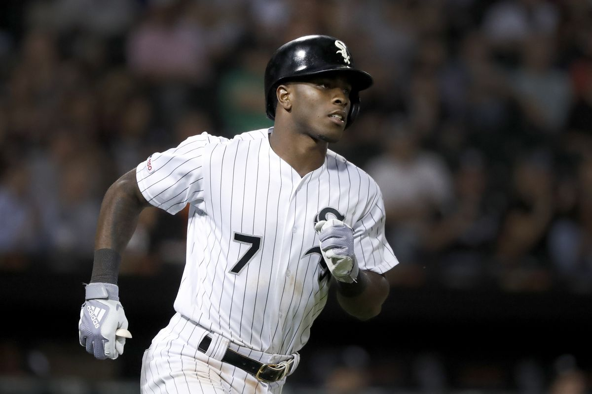White Sox' Tim Anderson gets 4 singles, pads his lead for batting title
