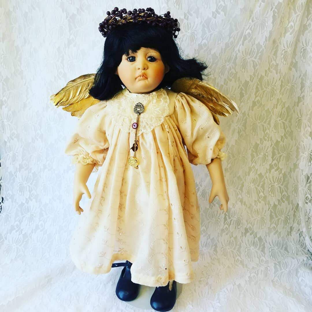 Horror movies love a haunted doll. So do collectors. - Vox