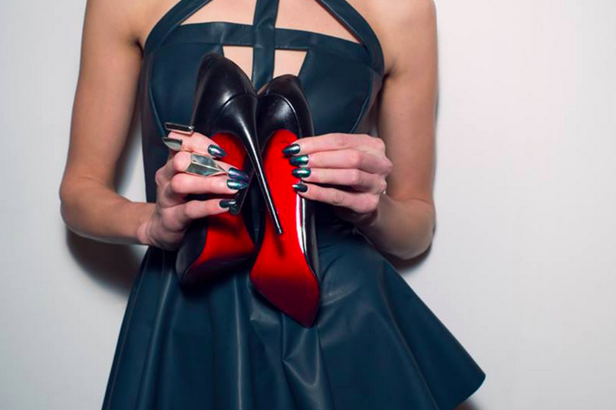 Here's The Real Scoop on the Christian Louboutin Sample Sale ...