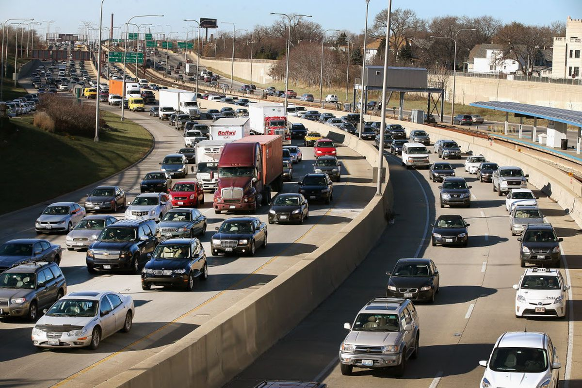 Traffic on the Kennedy Expressway
