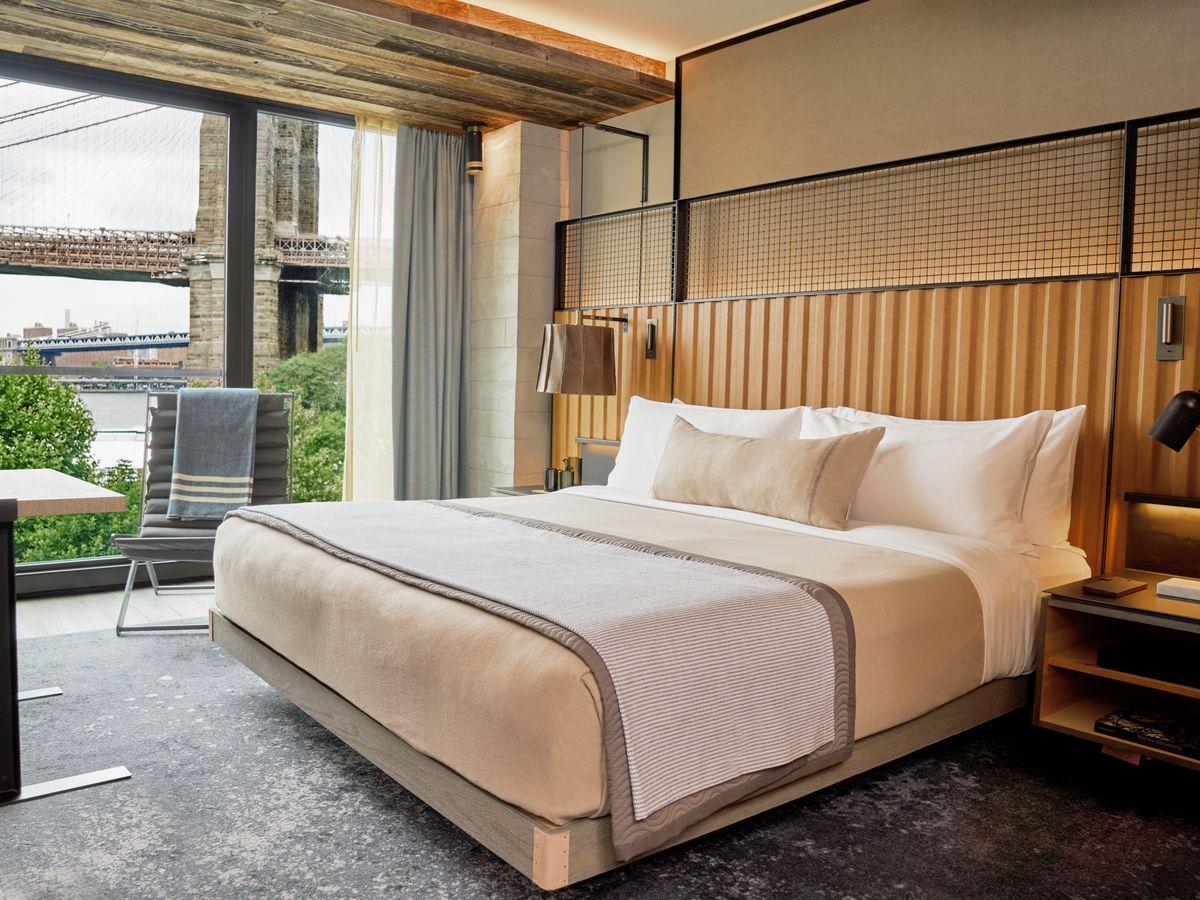 A guest room overlooking the Brooklyn Bridge