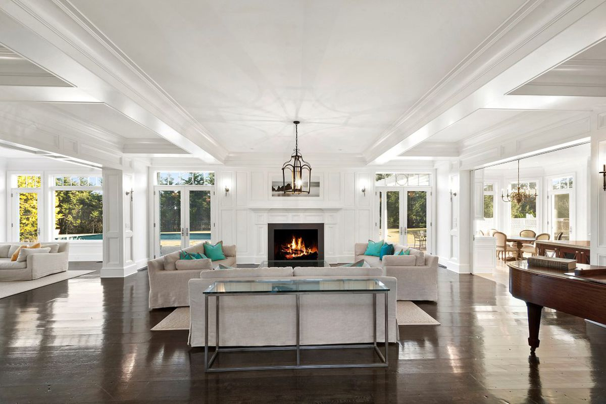 New listing on Parsonage Lane with tennis asks just under $15M ...