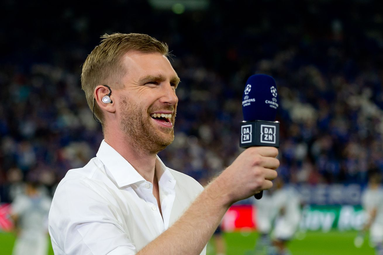 Per Mertesacker?s grandmother once helped thwart a move to Bayern Munich