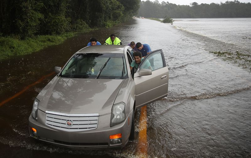 GettyImages_1033806068 Photos: what Hurricane Florence's destruction looks like on the ground