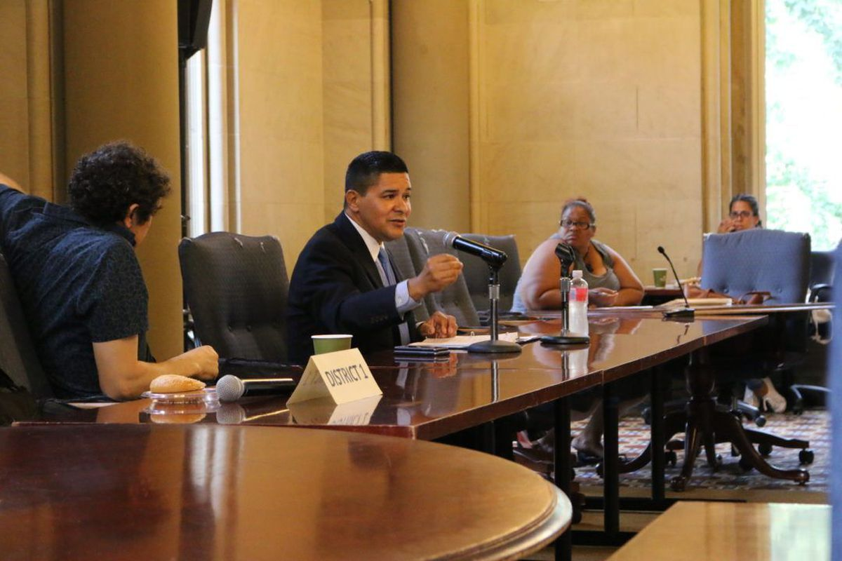 Richard Carranza speaks with members of the Chancellor's Parent Advisory Council in August.