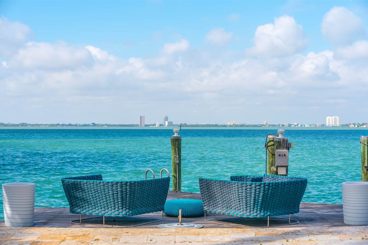 A amazing bay view from a dock at a modern home in Miami Beach