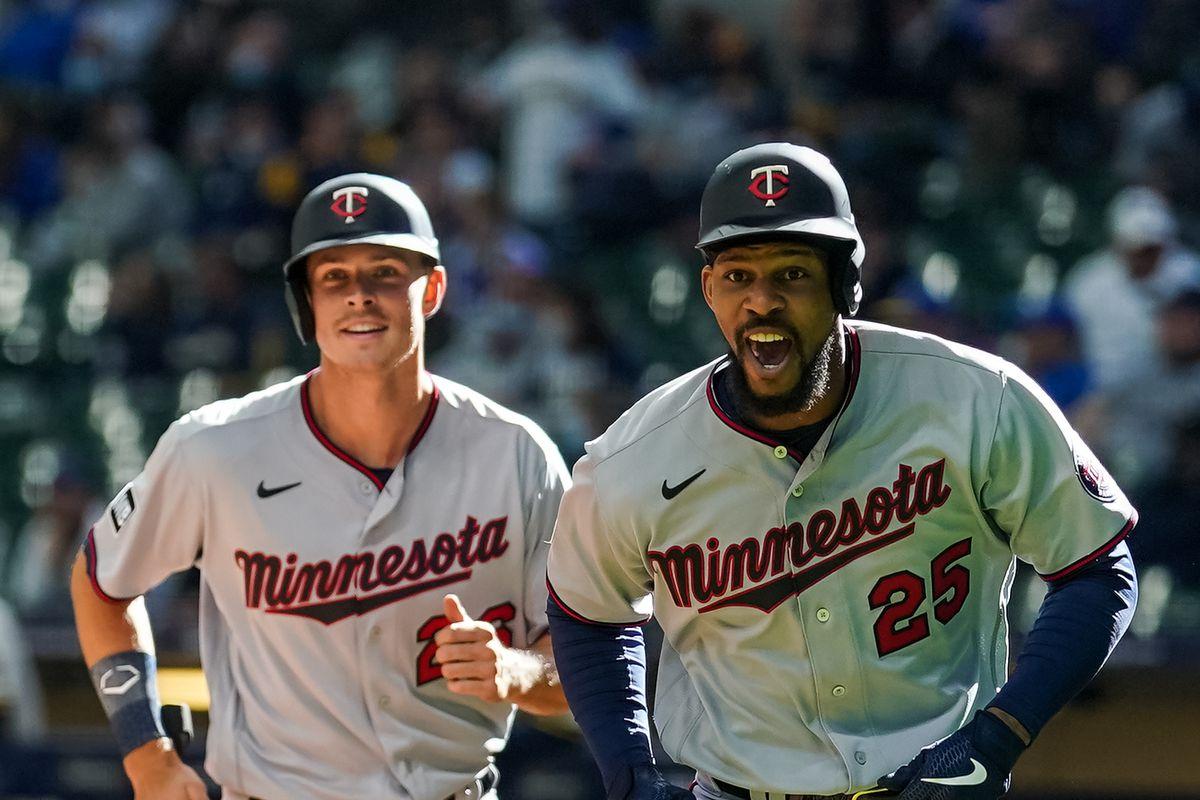 Minnesota Twins v Milwaukee Brewers