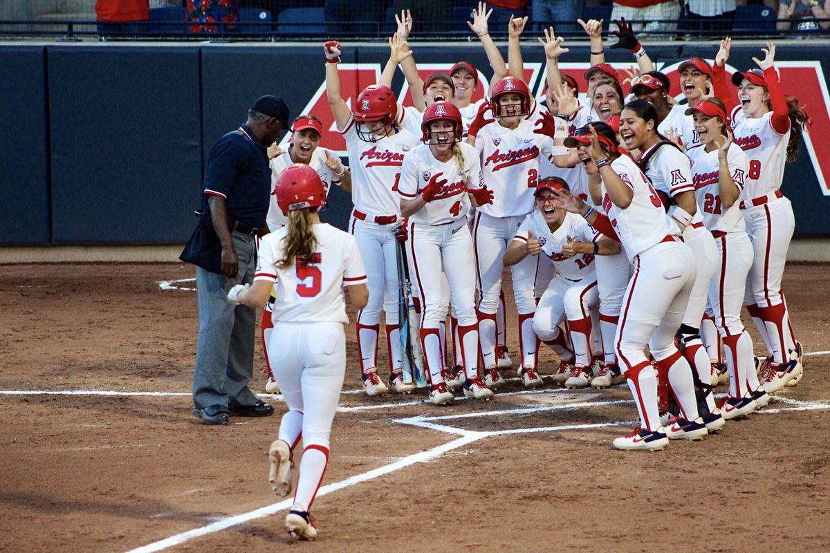 Arizona softball powers past Stanford for 18th straight win