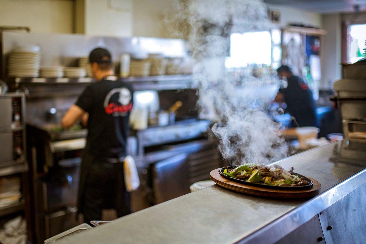 A hot plate of fajitas on Cisco's counter