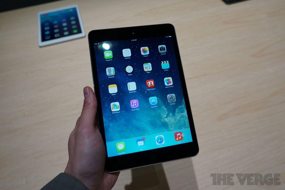 Gallery Photo: iPad mini with Retina display hands-on photos