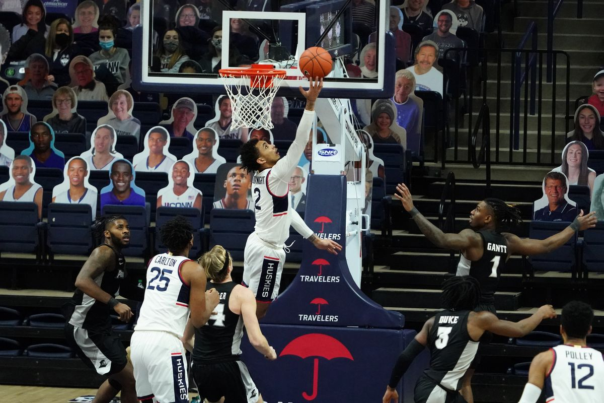 Connecticut Huskies guard James Bouknight makes a basket against the Providence Friars in the second half at Harry A. Gampel Pavilion.