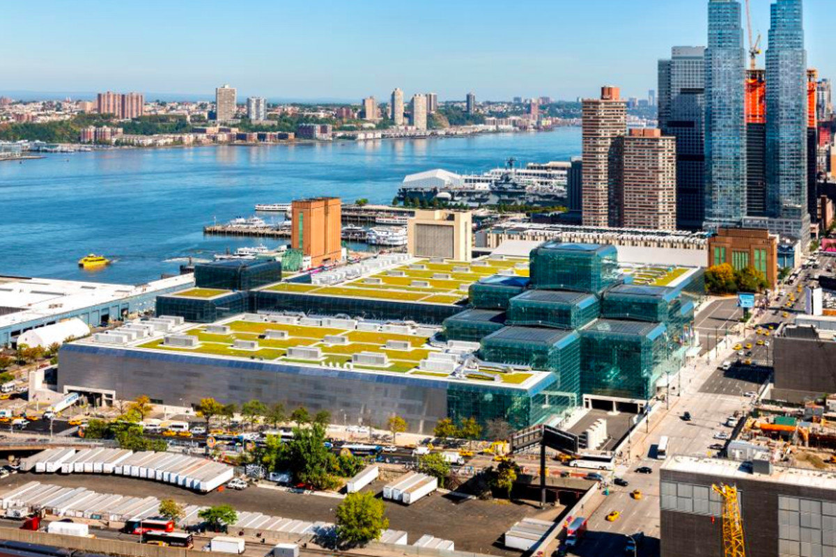 Nyc S Largest Rooftop Solar Installation Will Top The