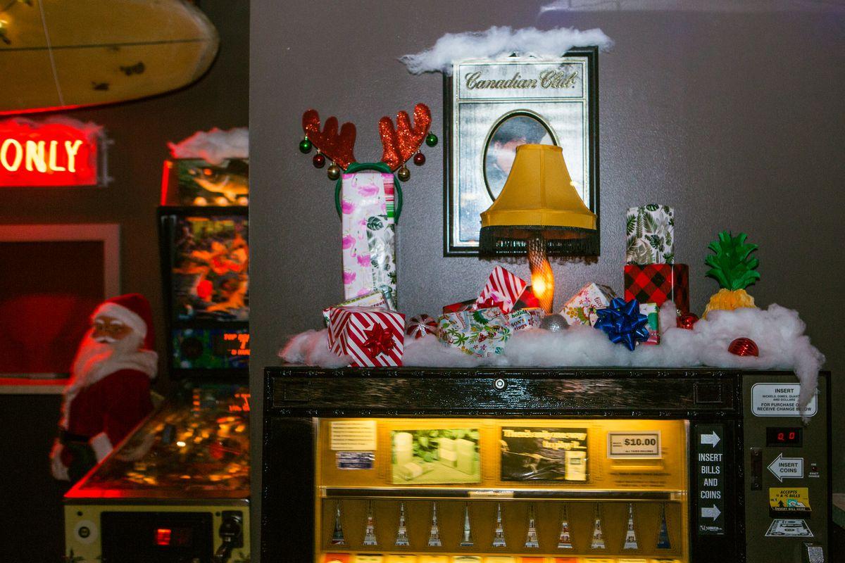 Decorations for Sippin' Santa at Nickel City
