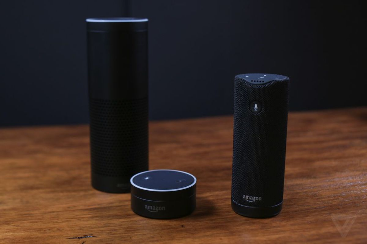 The Amazon Echo (l), Dot (m) and Tap (r)