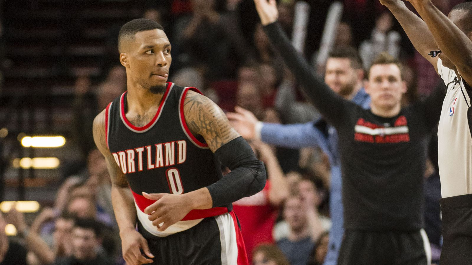 Damian Lillard Sets Trail Blazers Franchise Scoring Record With 59