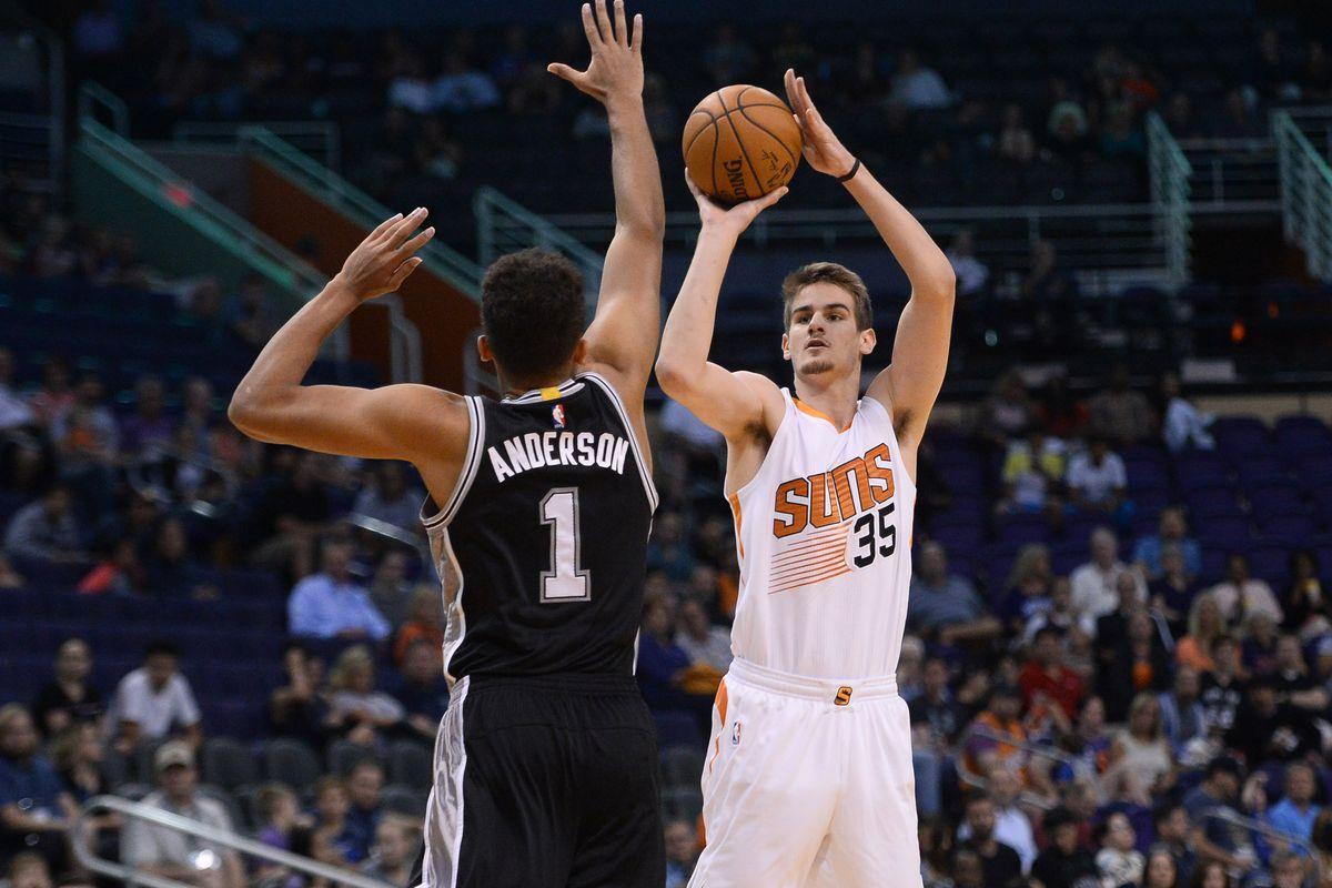 NBA: Preseason-San Antonio Spurs at Phoenix Suns