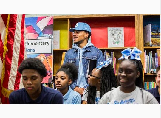 """""""Verified @lyft is for the kids! Use Round Up & Donate, to contribute to @SocialWorks_Chi New Chance Arts & Literature Fund. The more we ride, the more we raise for Chicago Public Schools in need. #supportCPS"""""""