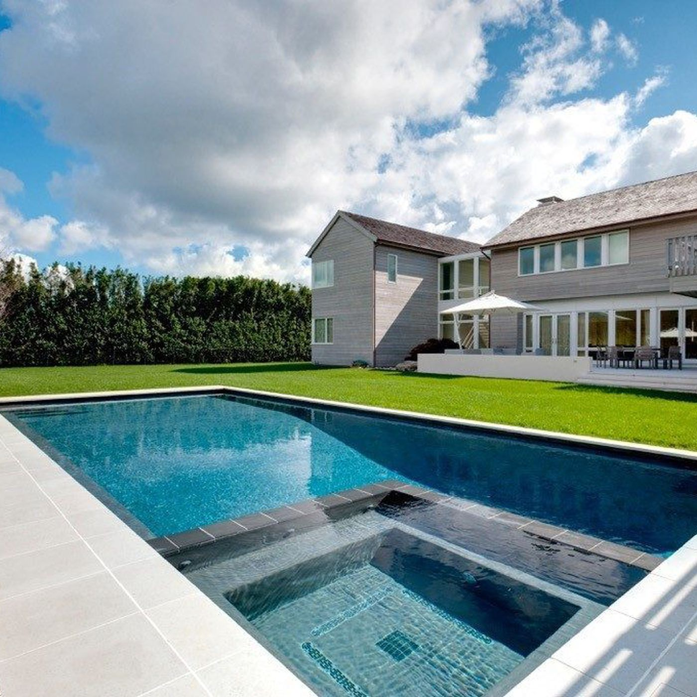 Here Are the Latest Trends in Hamptons Pool Design - Curbed Hamptons