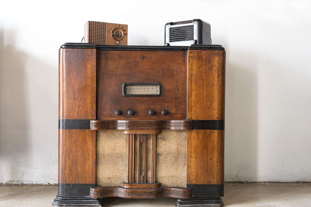 Old objects conserved in Cuba. Old style wooden radios of...