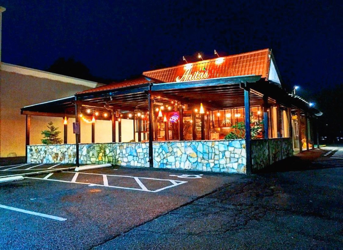 The outside of Anita's Mexican restaurant