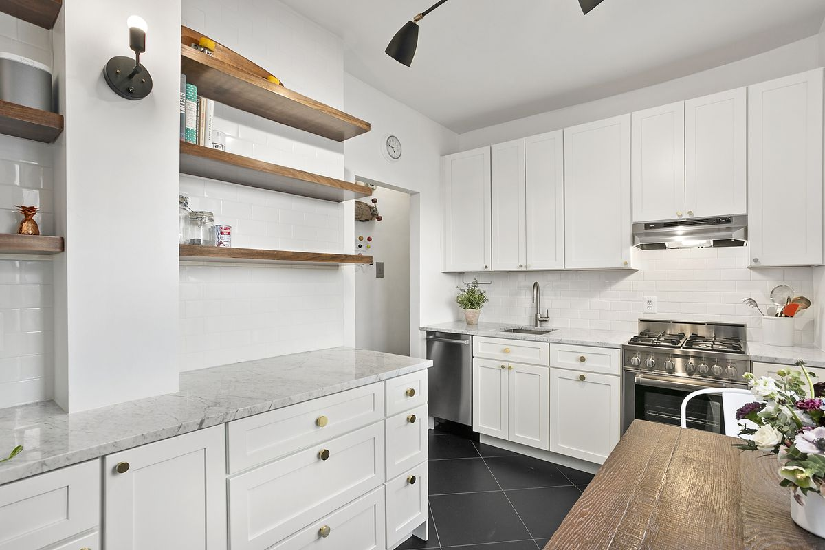 For $549K, a roomy Prospect Heights co-op with starter home ...