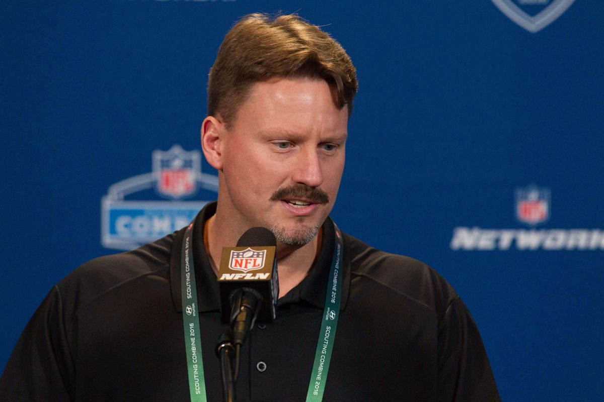 Ben McAdoo at the Combine -- without an over-sized suit