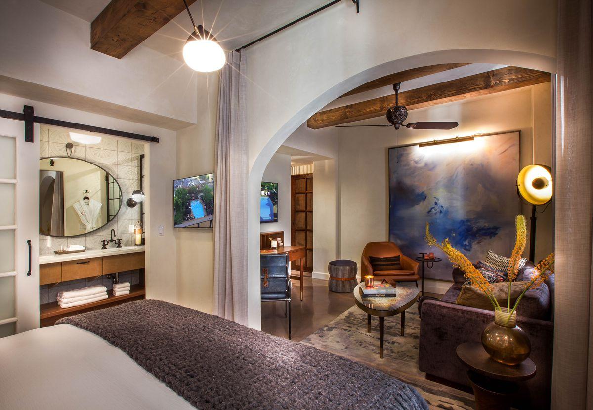 Here S A Peek Inside The Newly Redone Hotel Figueroa