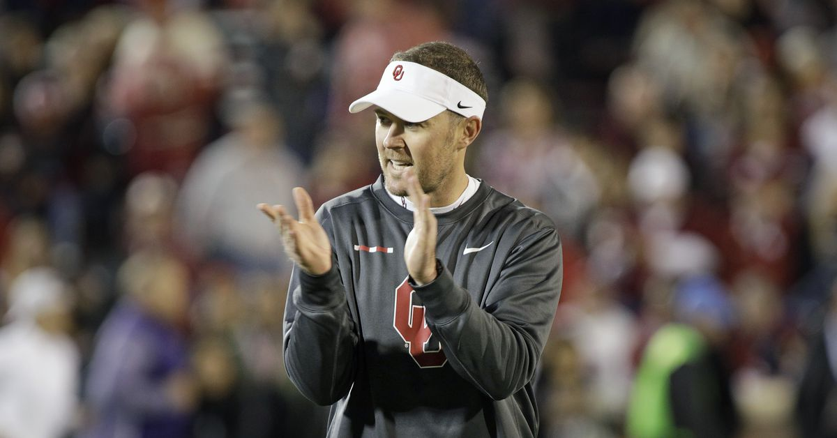 Hot Links: Lincoln Riley stands (and marches) with his players