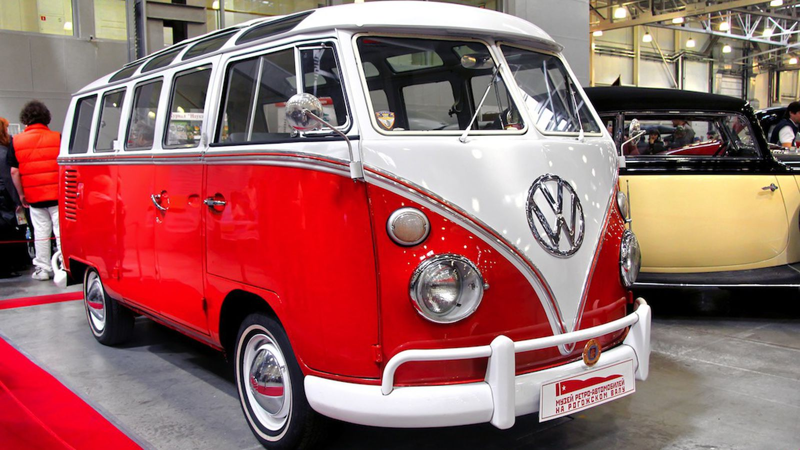 Volkswagen To End Production Of Iconic Hippie Bus This Year The Verge