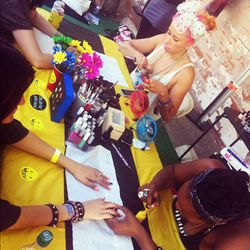 Mani fiends didn't mind waiting in long lines for Kleur's complimentary nail art