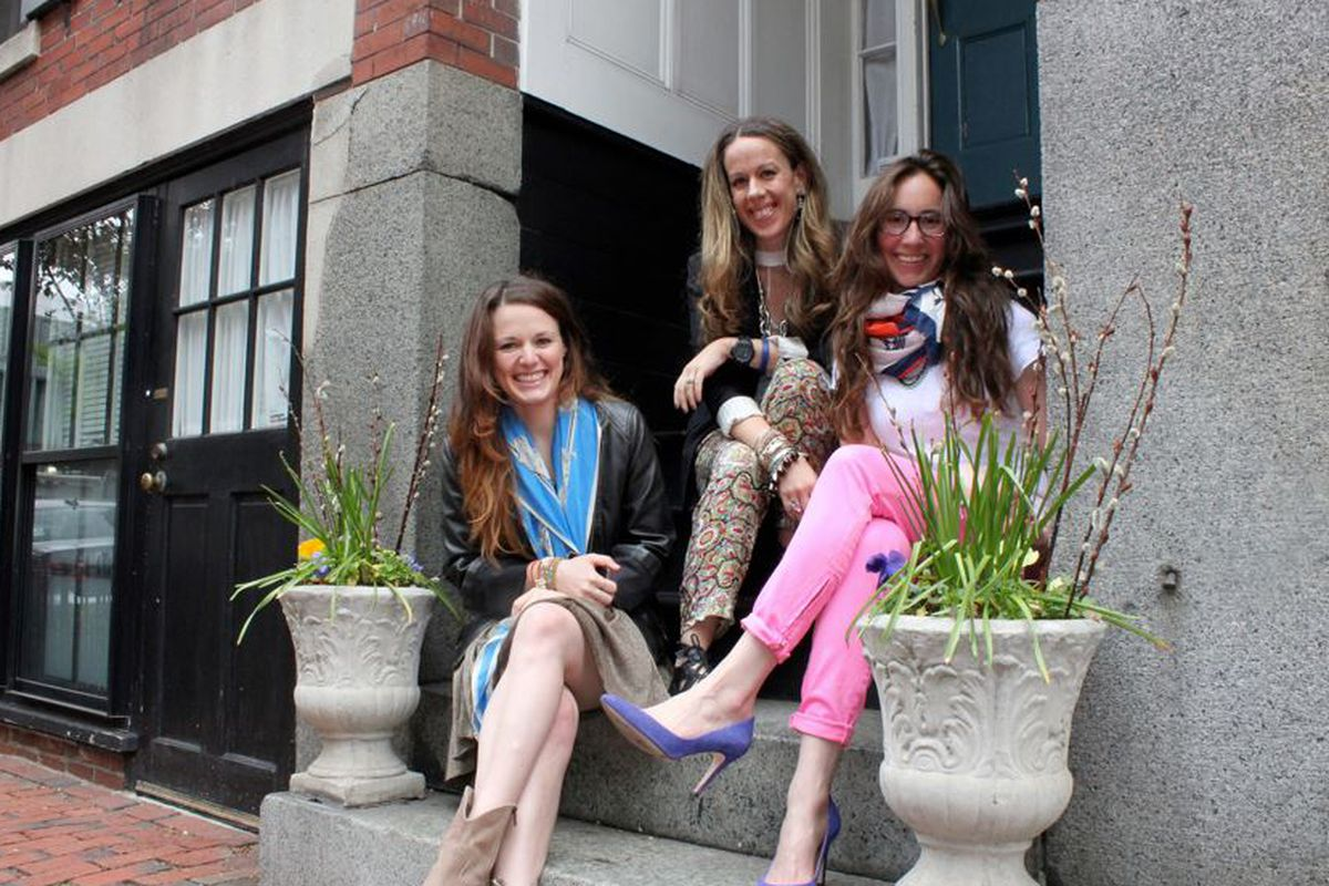 """Left to right: Erin, Cass, Jess; Photo by <a href=""""http://newtongrade.com/"""">Michelle Newton</a>"""