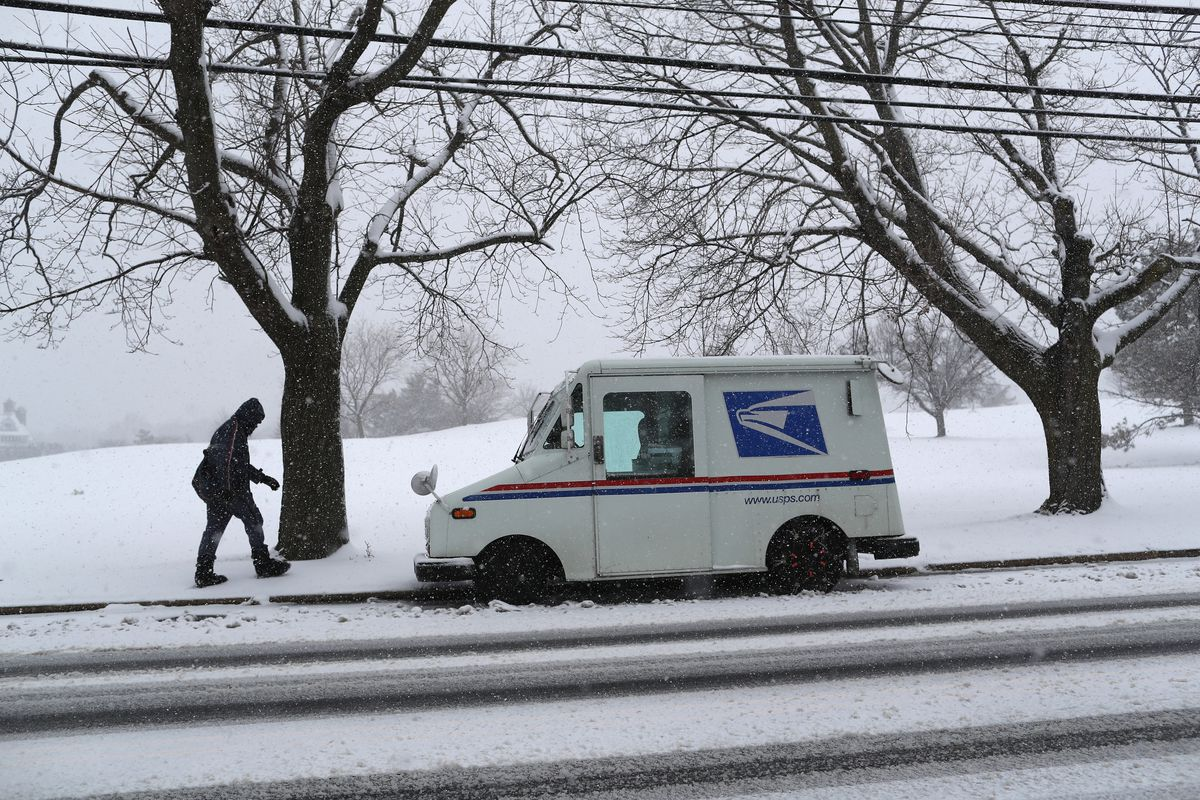 Storm Brings Snow, Sleet, And High Winds To Mid Atlantic Region On Second Day Of Spring