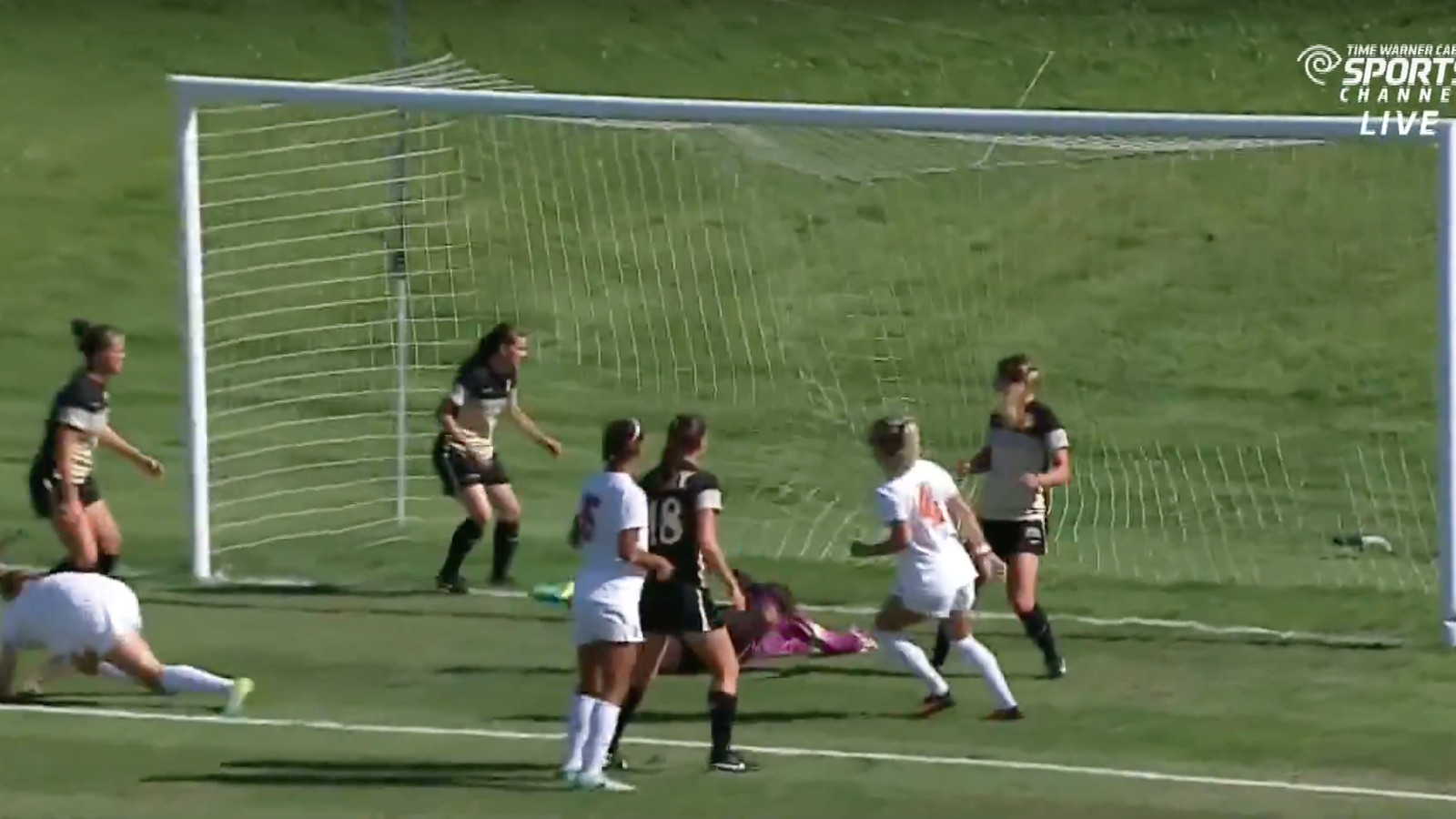 Syracuse amateur womens soccer