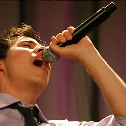 David Archuleta performs during the 2010 Mentors International Gala.