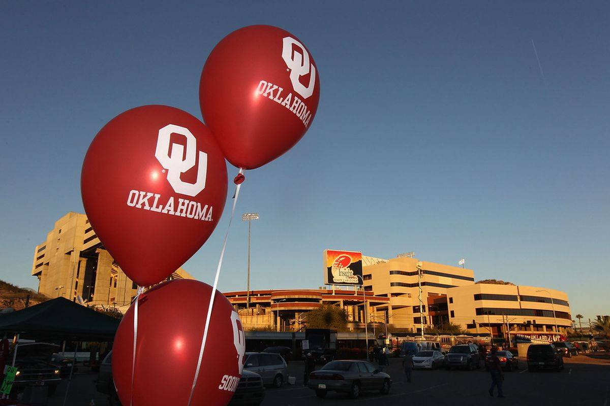 TEMPE, AZ - DECEMBER 30:  Balloons for the Oklahoma Sooners fly outside of Sun Devil Stadium before the Insight Bowl against the Iowa Hawkeyes on December 30, 2011 in Tempe, Arizona.  (Photo by Christian Petersen/Getty Images)