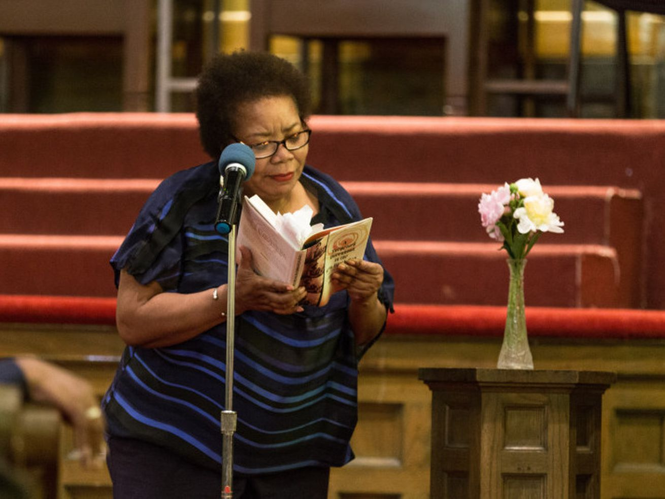 """Poet Angela Jackson reads """"Home"""" by Gwendolyn Brooks at the Kenwood United Church of Christ, June 7, 2018."""