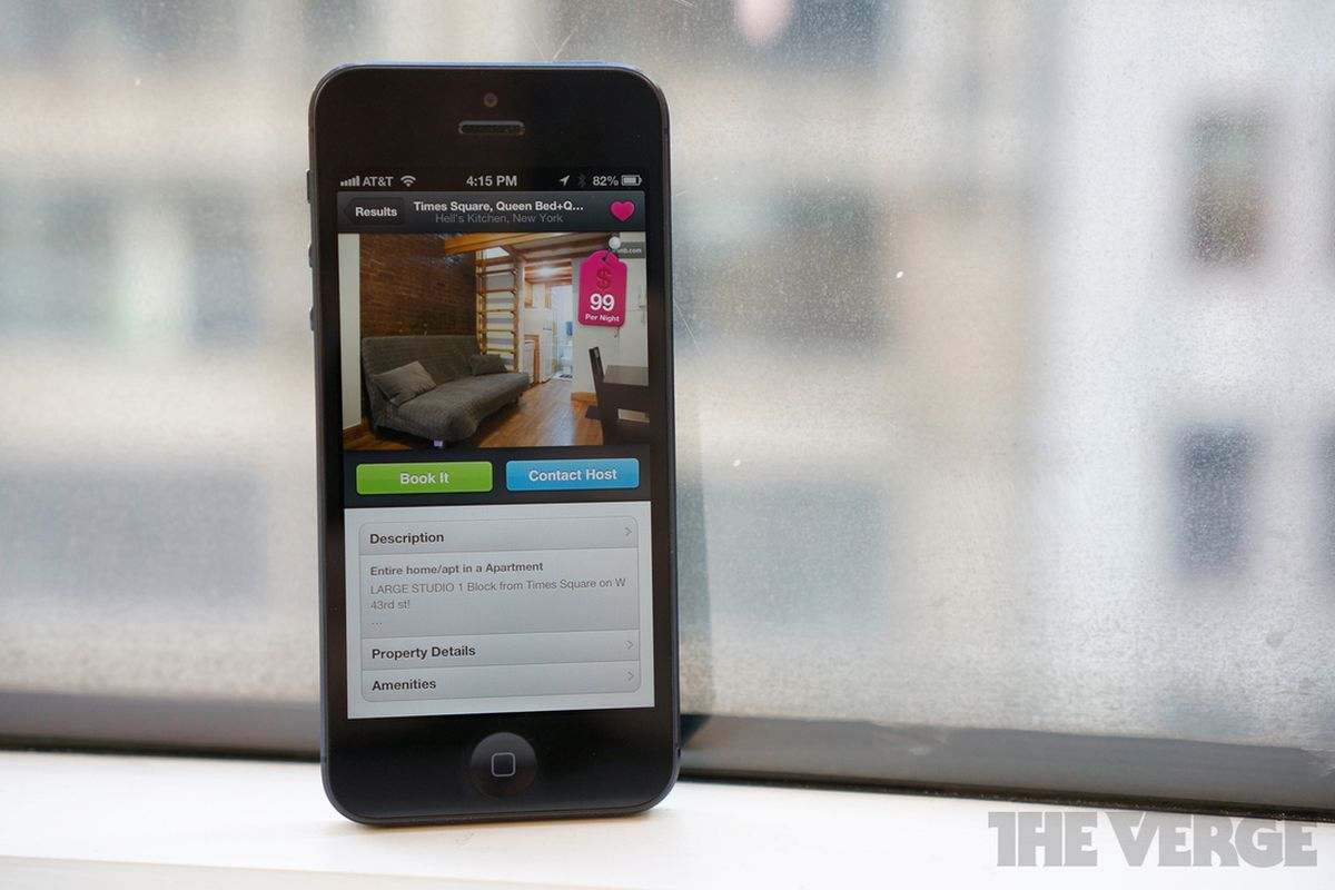 Airbnb will fight regulators in New York City on behalf of host who