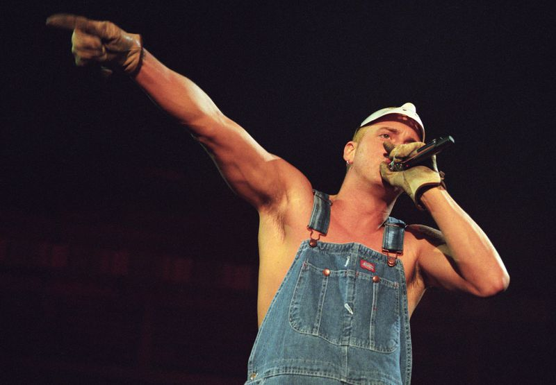 Eminem Performs on the Anger Management Tour 2000