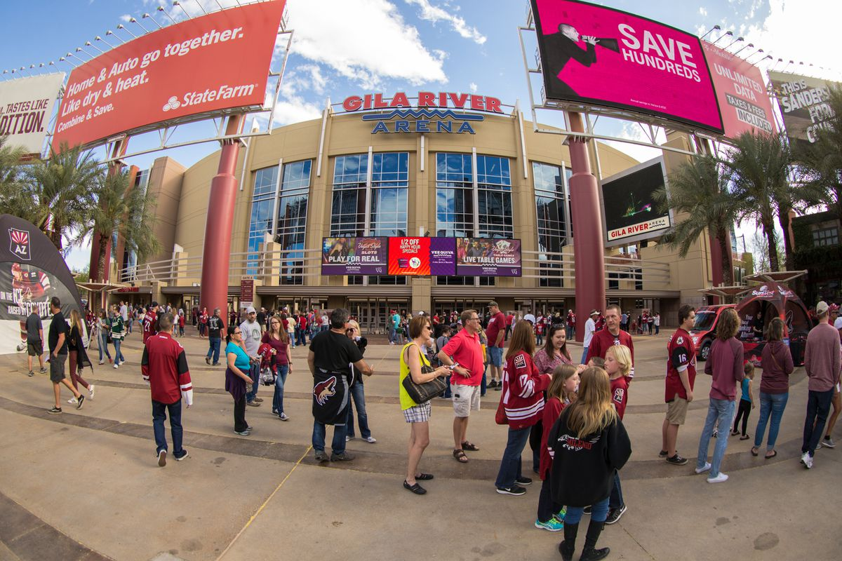 NHL: APR 08 Wild at Coyotes