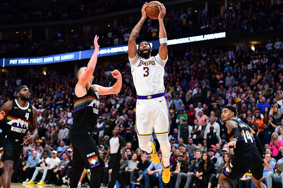 Anthony Davis Stats Lakers Big Man Needs Iv In Victory Over