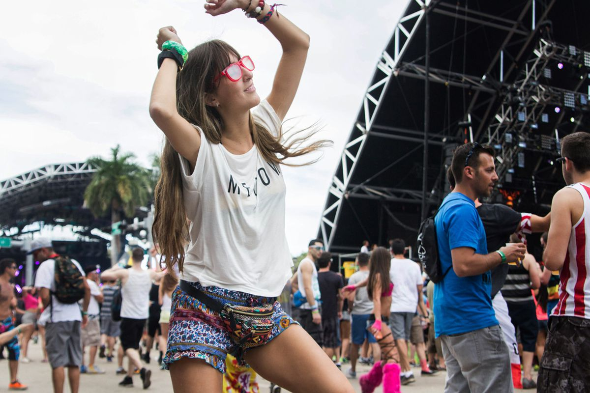 """Photo by Raquel Zaldivar for <a href=""""http://miami.racked.com/archives/2014/03/31/45-street-style-shots-from-ultra-music-festival.php"""">Racked Miami</a>."""