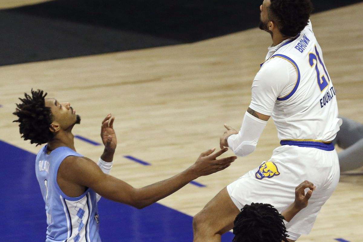 UNC Basketball: Problems with the backdoor pass - Tar Heel Blog